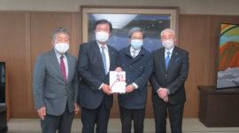 県優良住宅協会が熊本県にマスク5万枚贈呈。